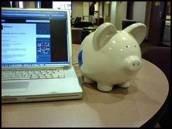 getmetosxsw_piggy-bank1